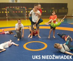 treningi-z-mistrzami-uks-niedzwiadek-i-wsse-92