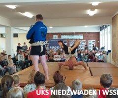 pokazy-w-swiebodzickich-szkolach-treningi-z-mistrzami-11