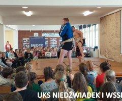 pokazy-w-swiebodzickich-szkolach-treningi-z-mistrzami-13