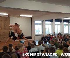pokazy-w-swiebodzickich-szkolach-treningi-z-mistrzami-7