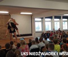 pokazy-w-swiebodzickich-szkolach-treningi-z-mistrzami-8