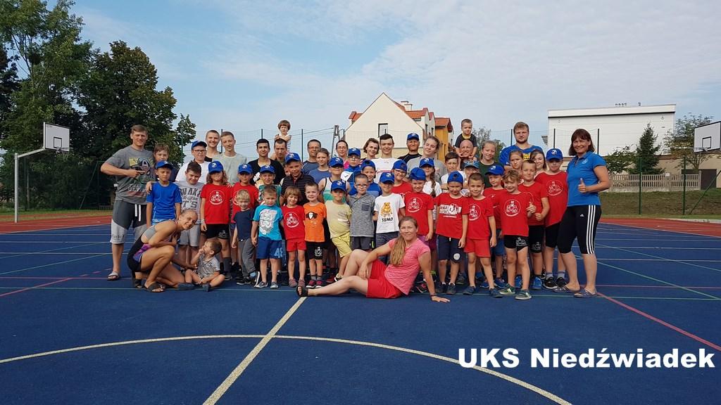 Sportowe wakacje z UKS NIEDŹWIADEK